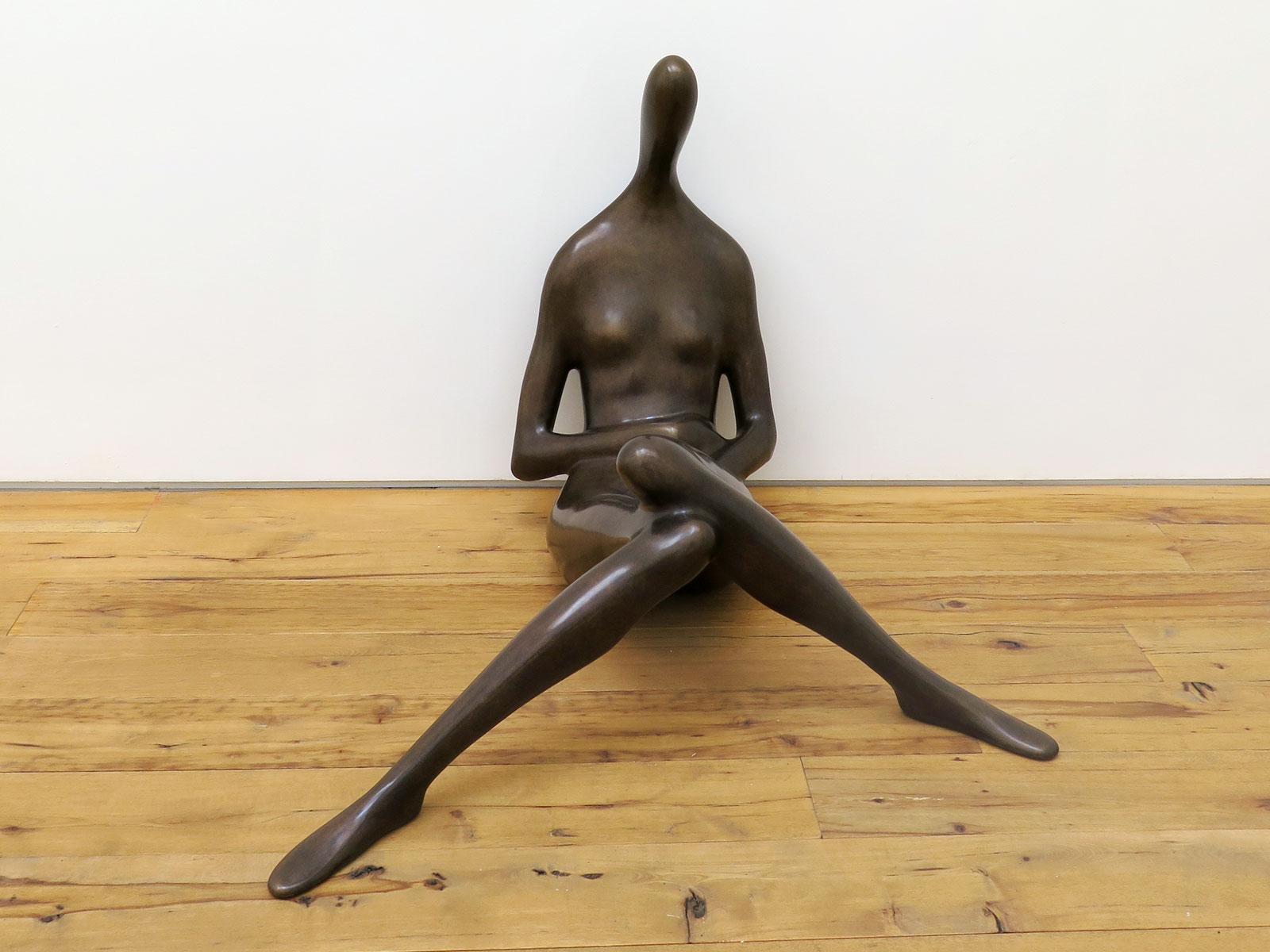 Emil Alzamora 2015 Bronze 32 1/2 x 40 1/2 x 43 inches / 83 x 103 x 110 cm 2015 Marc Straus Gallery