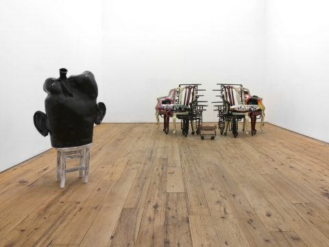 MARC-STRAUS-STEREO-LOVE-SEATS-Installation-09