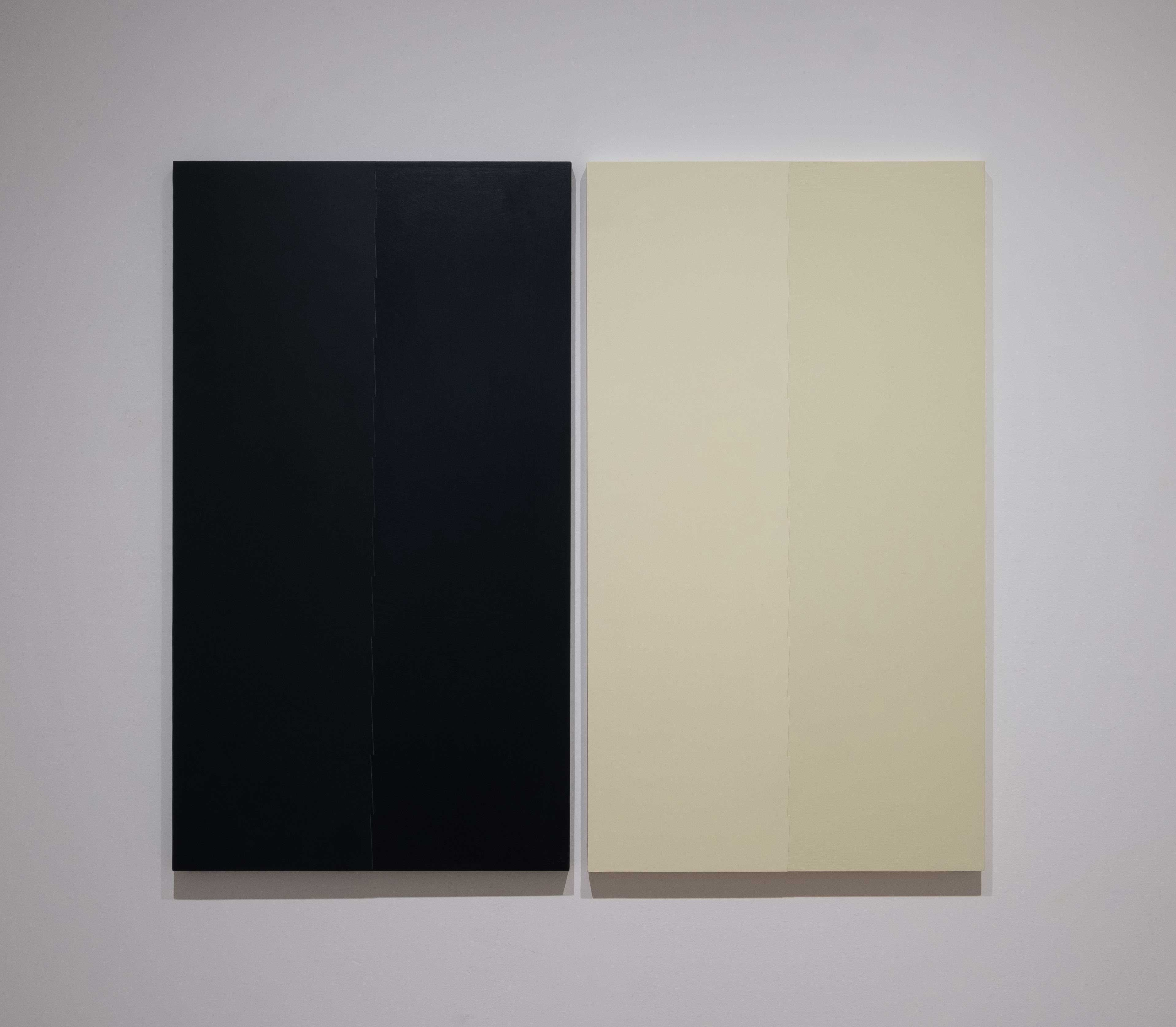 Tess Jaray 2015 Oil on boad 33.9 x 38 inches (86 x 96.5 cm)  2019 Marc Straus Gallery